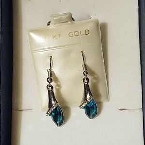 14kt white gold plated blue earrings